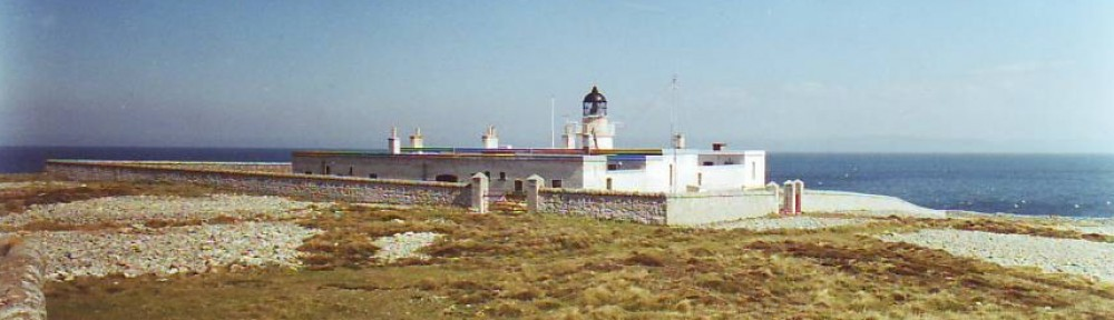 cropped-Ailsa-Craig-Lighthouse.jpg