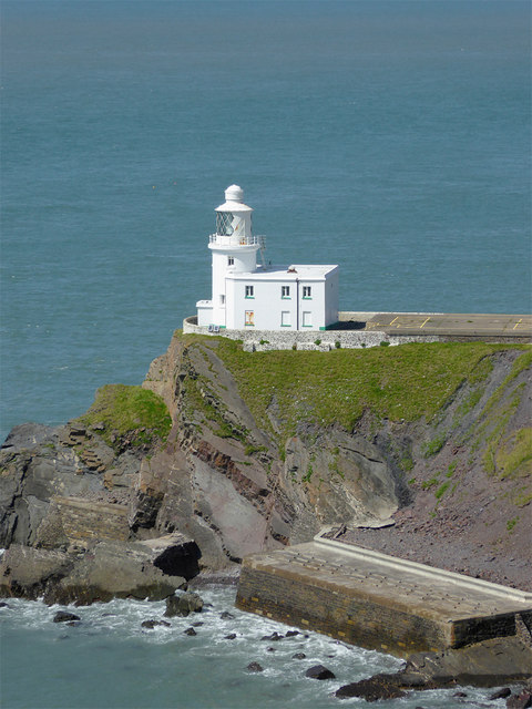 Hartland-Point-Lighthouse-Tower-Keepers-Cottage-and-Helipad-By-Roger-Kidd