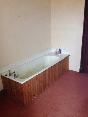 A Skervuile Bath 1