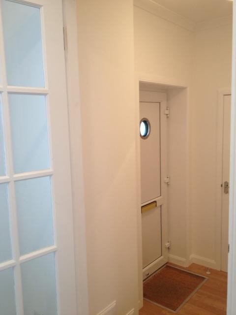 Strathy EngRm Int Hallway