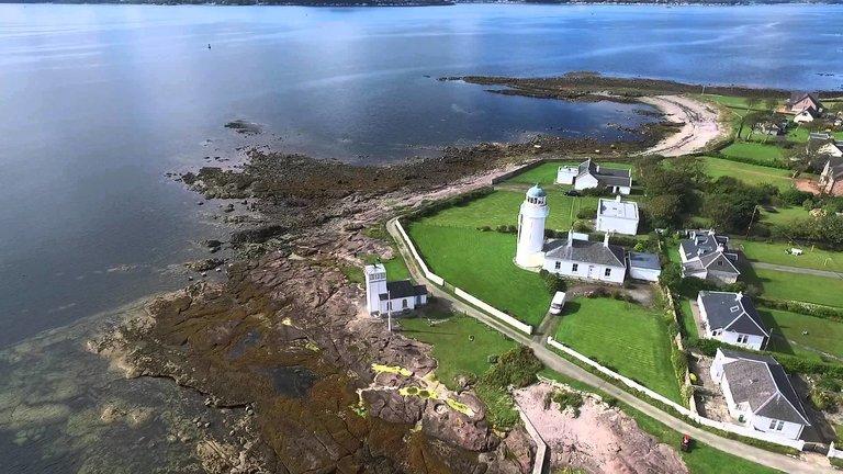 Toward Point Lighthouse Buildings