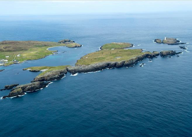 Isle of Grunay, Out Skerries, Shetland Lighthouse Buildings For Sale 1