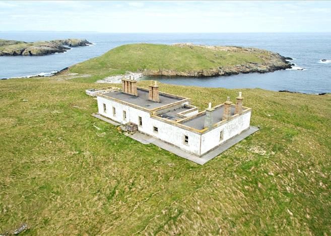 Isle of Grunay, Out Skerries, Shetland Lighthouse Buildings For Sale 4