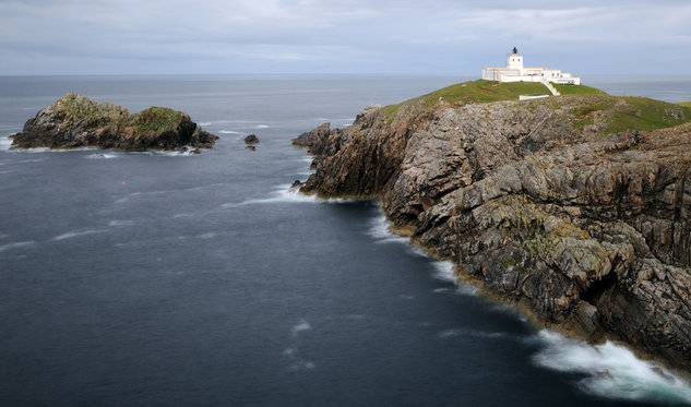Strathy Point Lighthouse Buildings Photo Mr Ian Cowe