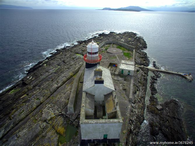 AAA Roancarrigmore Island Lighthouse 3